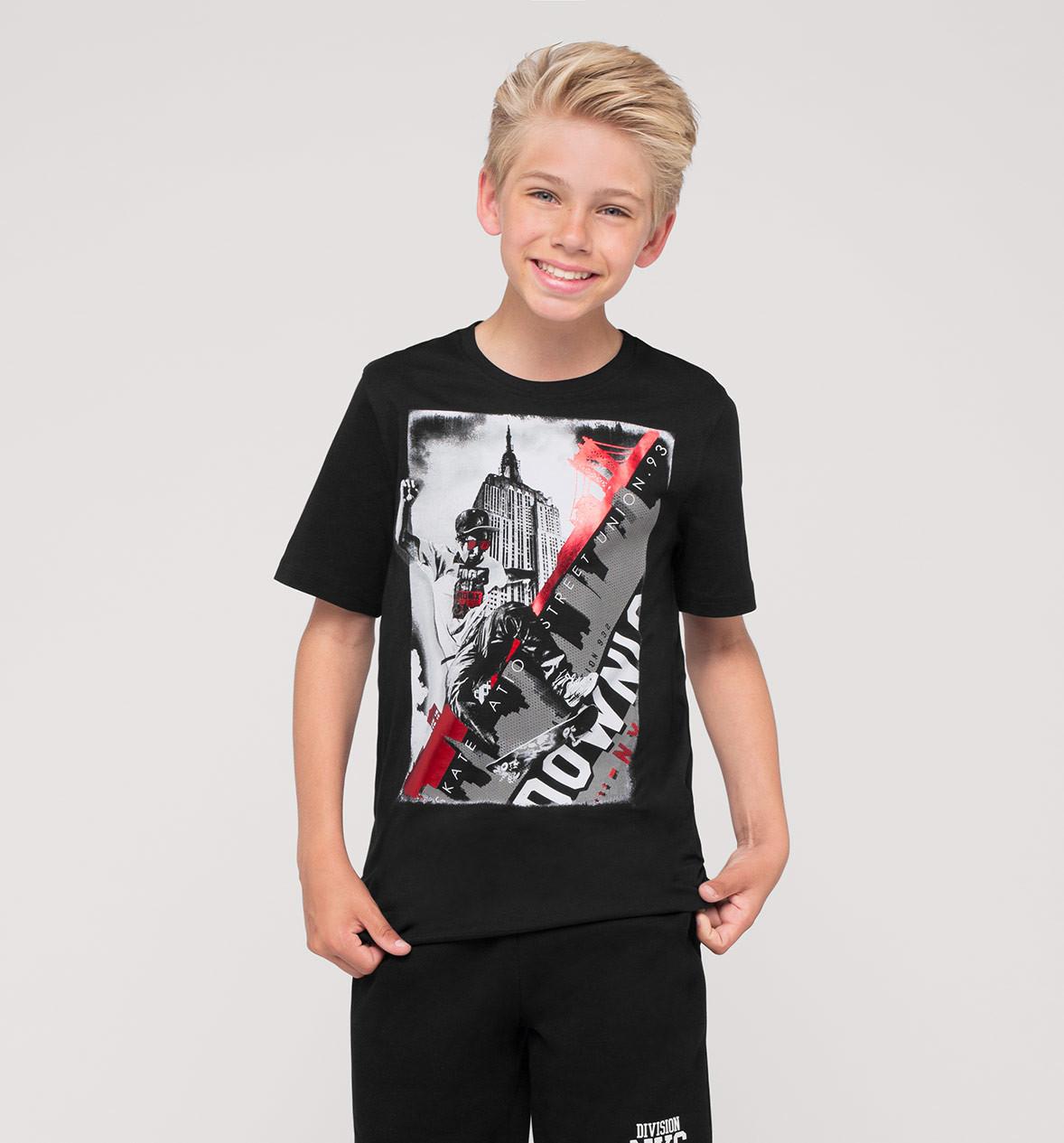 детская мода 2018: черная футболка с рисунком