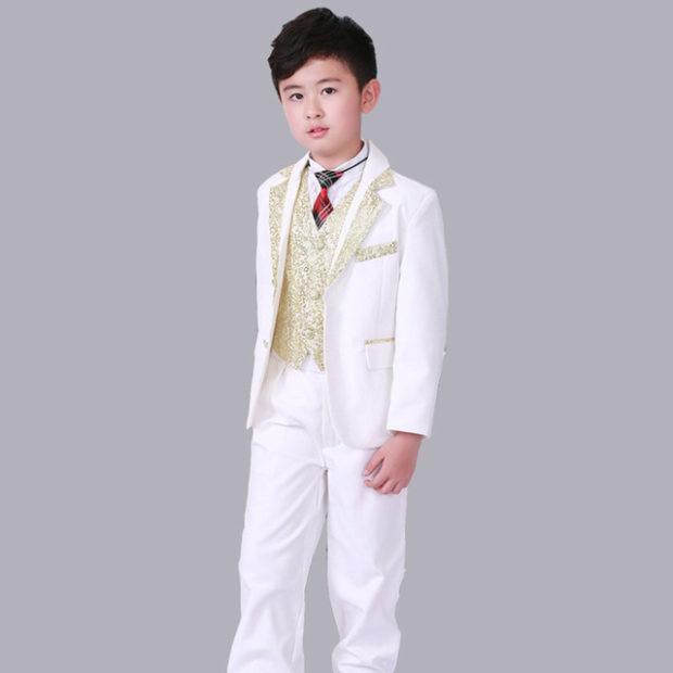 детская мода 2018: костюм белый с золотом