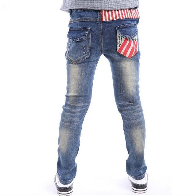 детская мода 2018: джинсы синие потертые