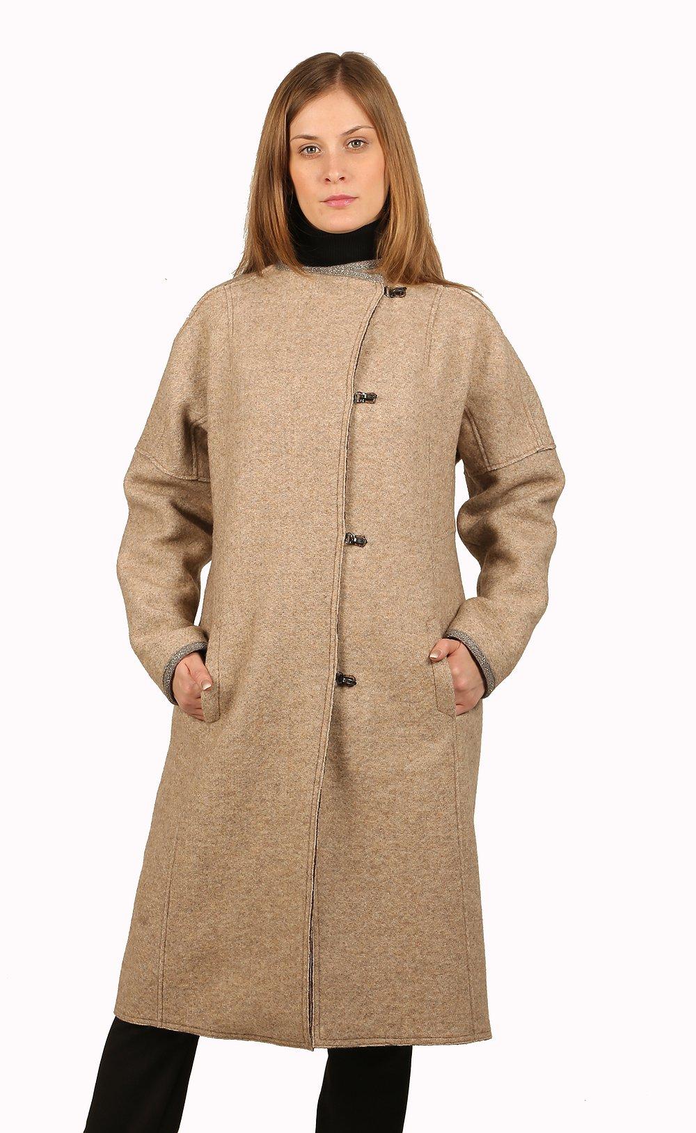 мода 2019-2020 года фото в женской одежде: бежевое пальто