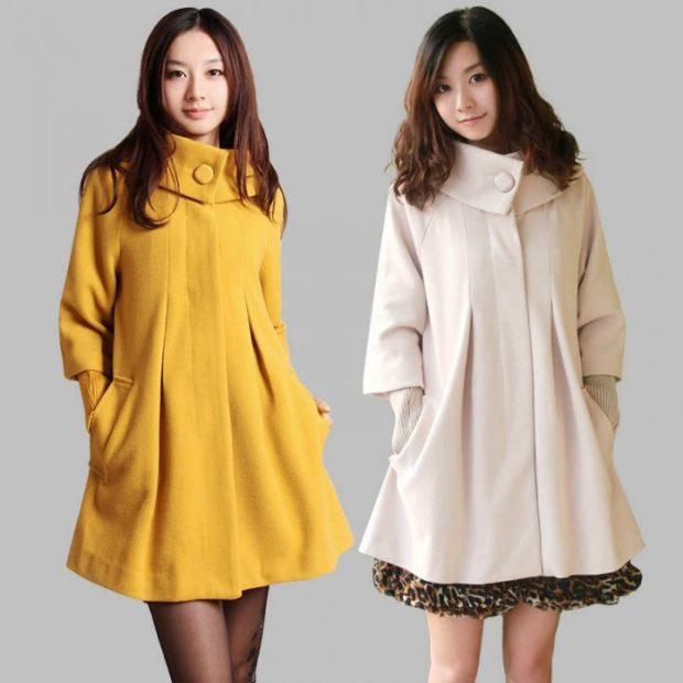 мода 2019-2020 года фото в женской одежде: пальто желтое белое рукав колокол воротник стойка