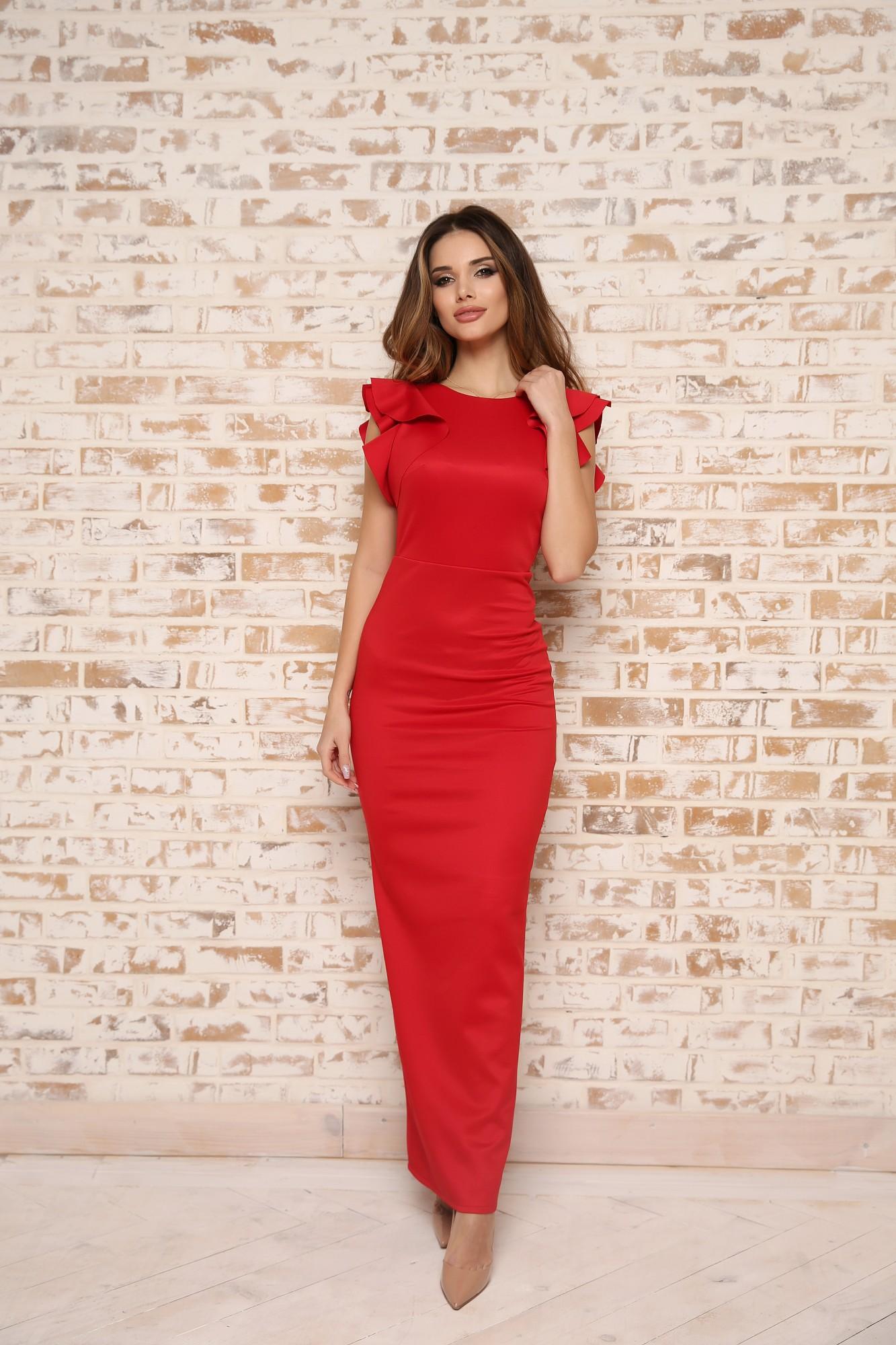 мода 2019-2020 года фото в женской одежде: платье длина макси красное рукава с воланами