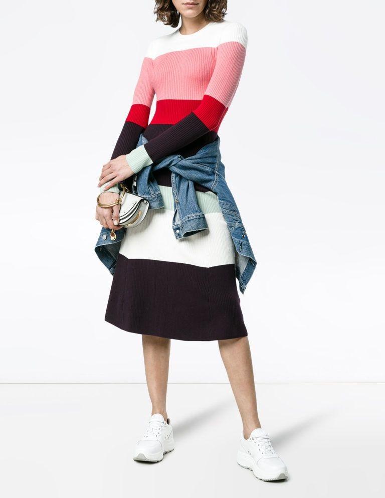 мода весна лето 2018 для женщин за 30: платье по колено полосатое