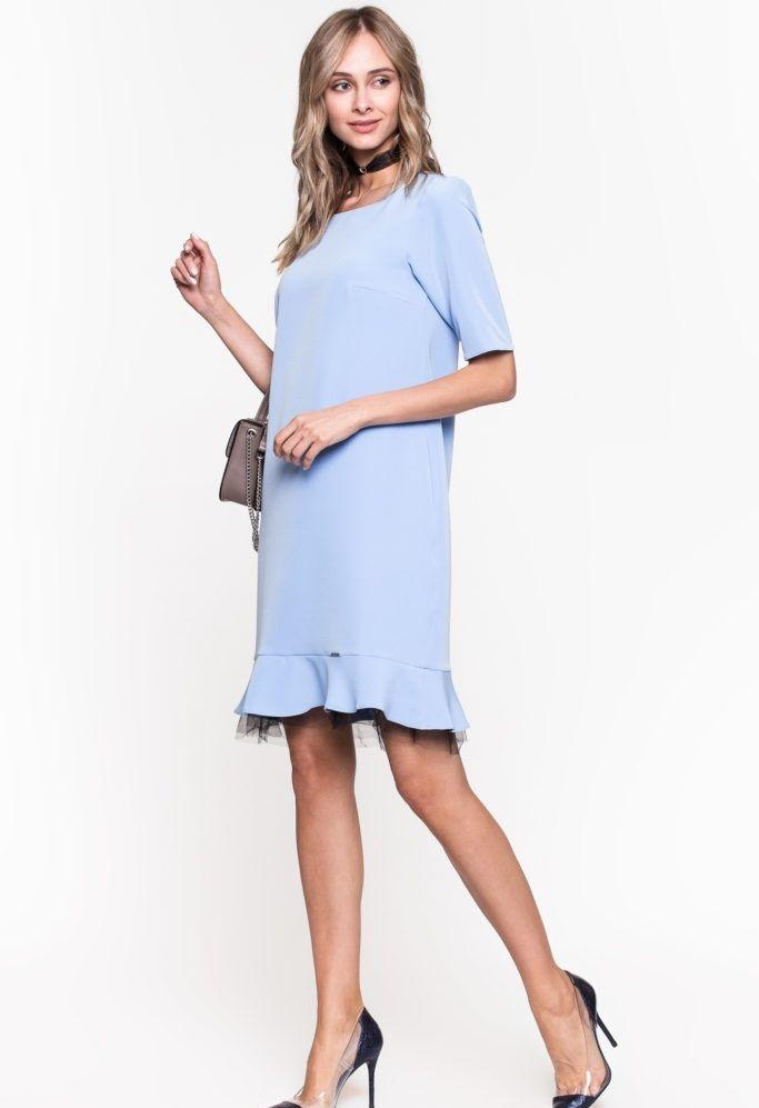 мода весна лето 2018 для женщин за 30: голубое платье с баской рукав короткий