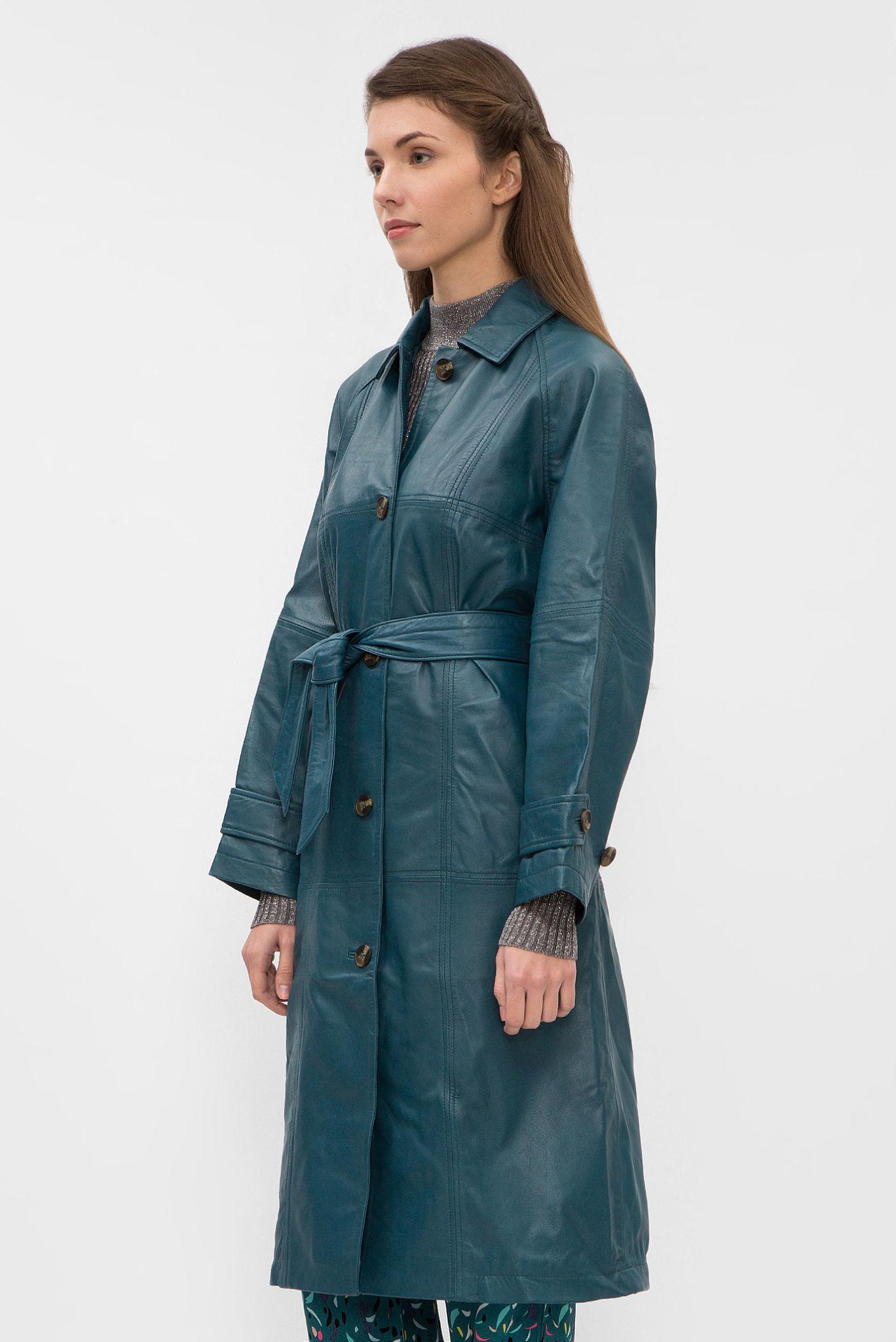 мода весна лето 2018 для женщин после 30: кожаный плащ зеленый