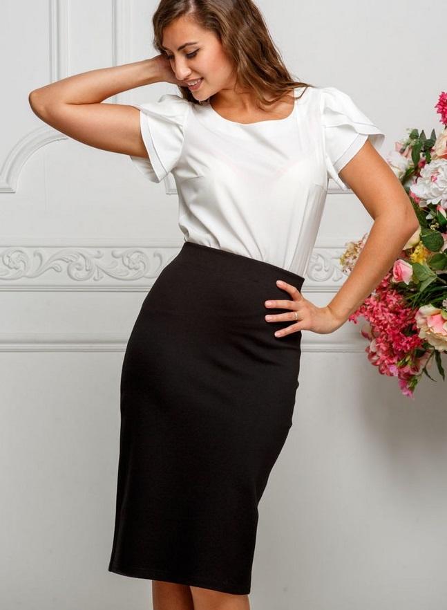 мода весна лето 2018 для женщин за 30: черная юбка белая блузка