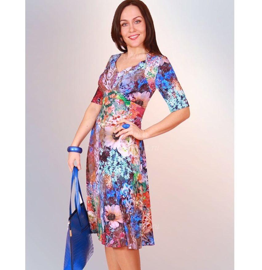 мода весна лето 2018 для женщин 30 лет: цветное платье